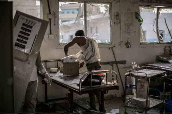 Abs-sykehuset i Jemen etter bombingen. (Foto: MSF.org)